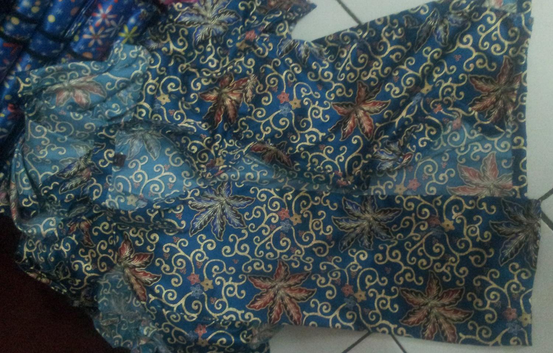 Kemeja Batik Cirebon