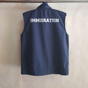 Rompi Imigrasi, Seragam Rompi Waterproof